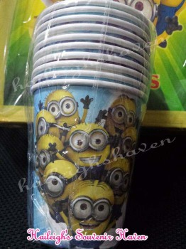 PAPER CUPS [10s]: MINIONS
