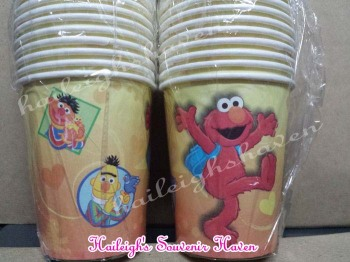 PAPER CUPS [10s]: SESAME STREET