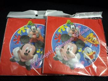 TABLE NAPKINS: MICKEY AND FRIENDS