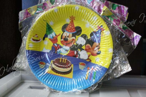Mickey Mouse and Friends Paper Plates