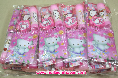 Hello Kitty Pencil Set