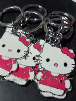 KEY CHAIN (METAL): HELLO KITTY