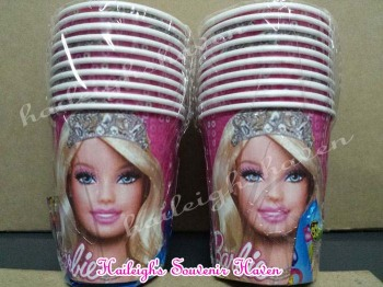PAPER CUPS [10s]: BARBIE