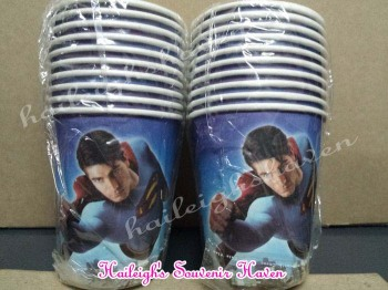 PAPER CUPS [10s]: SUPERMAN