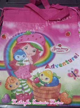 DRAWSTRING BAG (BIG, 12s): STRAWBERRY SHORTCAKE