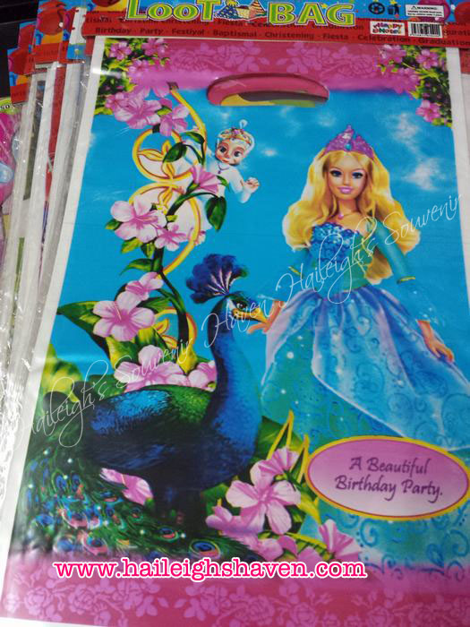 LOOT BAGS (SMALL): BARBIE