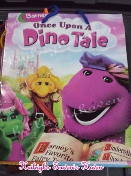 PAPER BAG (MEDIUM): BARNEY AND FRIENDS