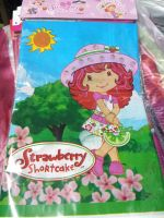 PLASTIC TABLE COVER: STRAWBERRY SHORTCAKE