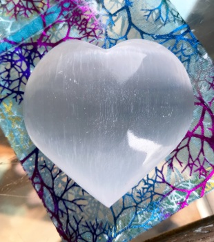 Selenite Heart Palmstone - Soothing and calming