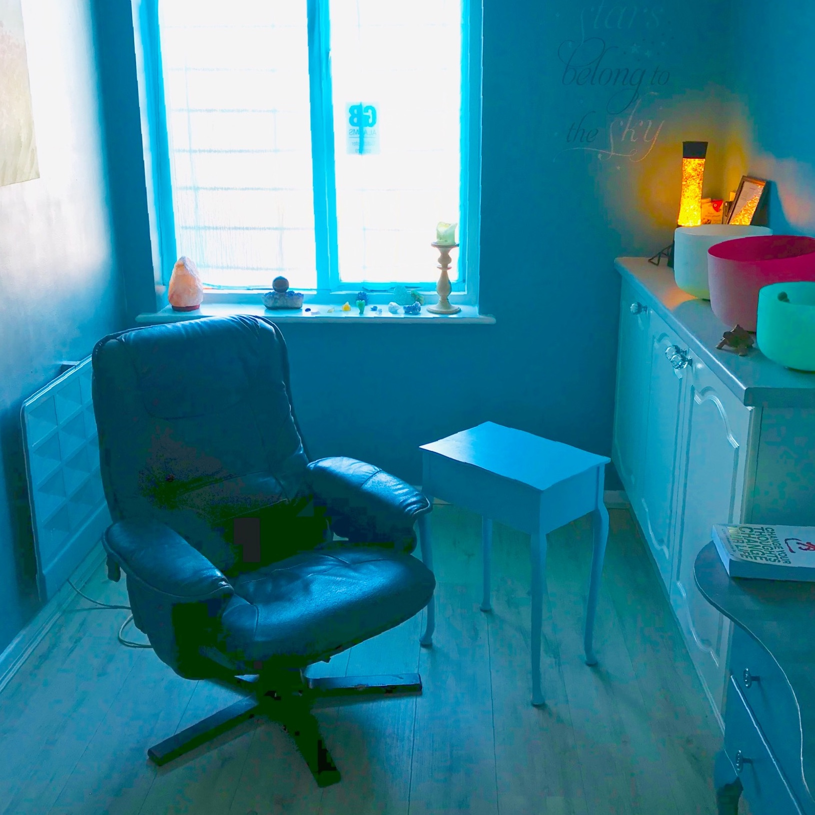 Psychic reading, healing and talking therapy room