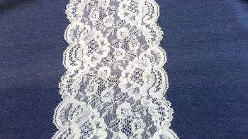 WHITE STRETCH LACE FLOWER DESIGN