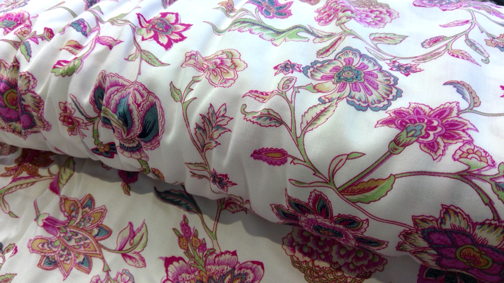 CREAM AND PINK FLORAL PRINT VISCOSE