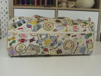 SEWING THEMED BAG WITH SIDE POCKET
