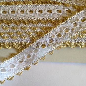 Eyelet Lace - White with Gold - (per metre)