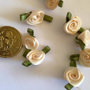 Cream Ribbon Roses -Small (pack of 8)