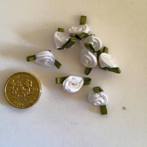 White Ribbon Roses -Small (pack of 8)