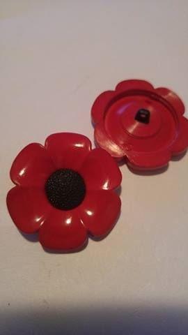 Poppy Button 40mm each