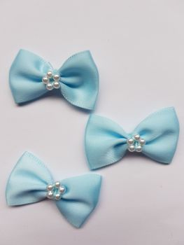 Blue Bow with Bead Centre (Pack of 8)