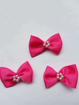 Cerise Bow with Bead Centre (Pack of 8)
