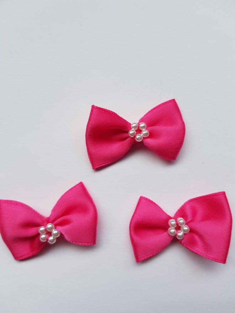 Cerise Bow with Bead Centre (each)