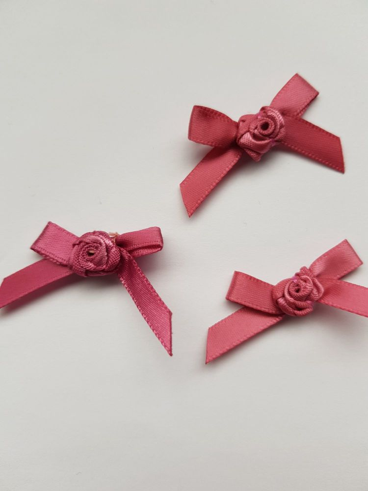 Dusky Pink Ribbon with Rose Centre (each)