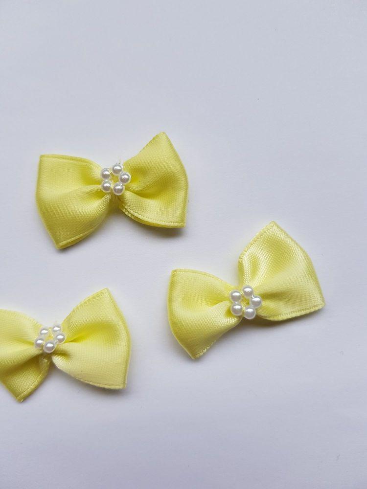 Lemon Bow with Bead Centre (each)