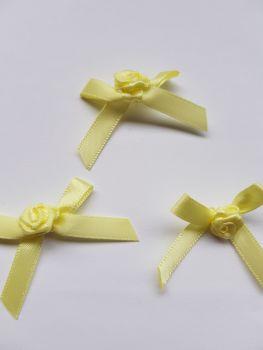 Lemon Ribbon with Rose Centre (Pack of 8)