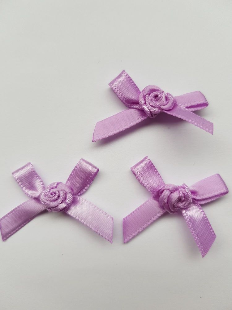 Lilac Ribbon with Rose Centre (each)