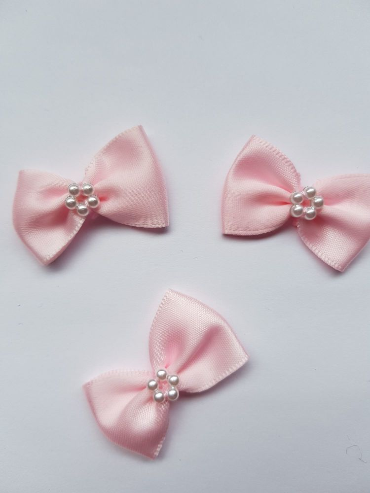 Pink Bow with Bead Centre (each)