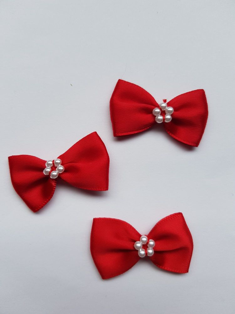 Red Bow with Bead Centre (each)