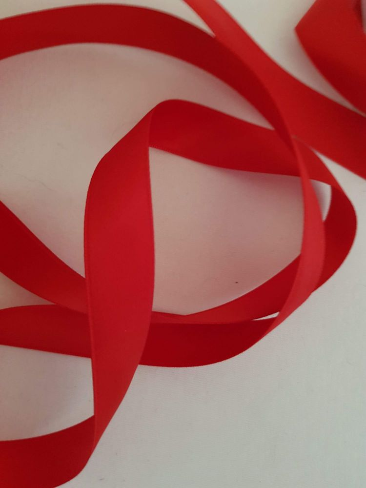 Red Double Satin Ribbon 15mm (per metre)