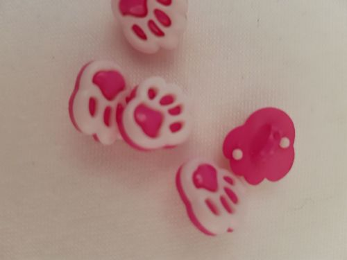 Cerise Paw Buttons 20mm (Pack of 8)