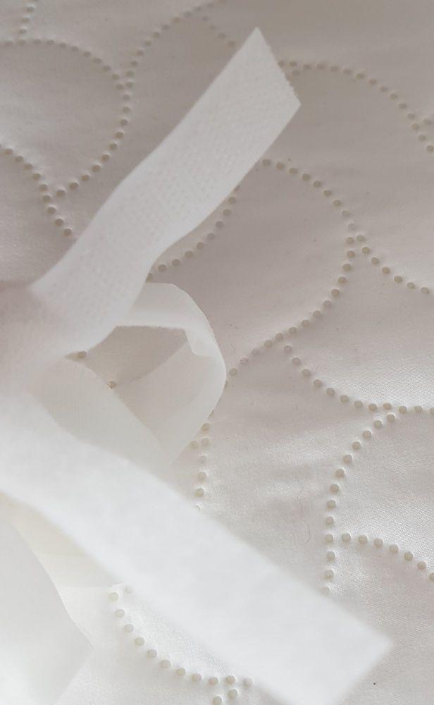 White Hoop and Loop / Sew and Sew 16mm (1 metre)