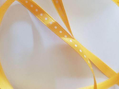 Yellow with White Dot Ribbon 6mm (per metre)