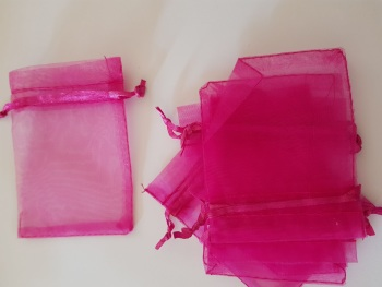 Cerise Organza Bags 90mmx65mm approx (Pack of 6)