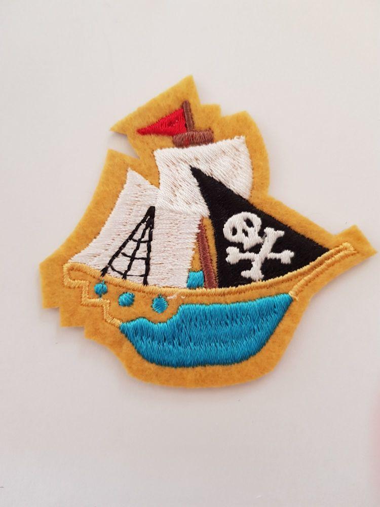 Boat / Pirate Motif 70 x 65cm