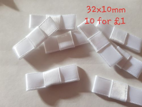 White Bows 32x10mm (Pack of 10)