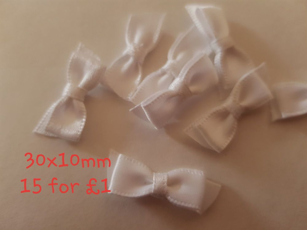 White Bows 30x10mm (Pack of 15)