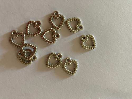 Heart (small) Charms (Pack of 10) CH30
