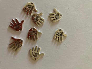 Hand Made  Charms (Pack of 8) CH22