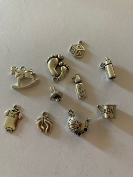 Baby  Charms (Pack of 5) CH33. Random Mix