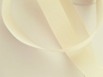 Cream / Ivory Grosgrain Ribbon 15mm ( per metre)