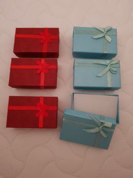 Blue , Red  Boxes 80x50x27mm (Pack of 6)