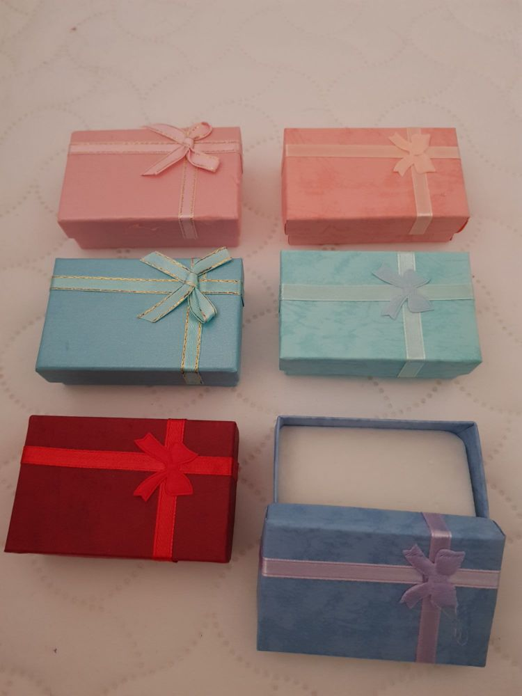 Mixed Colours Boxes 80x50x27mm (Pack of 6)
