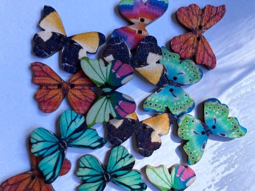 Mixed Butterfly Wooden Button 28x22mm (Random Pick-Pack of 12)