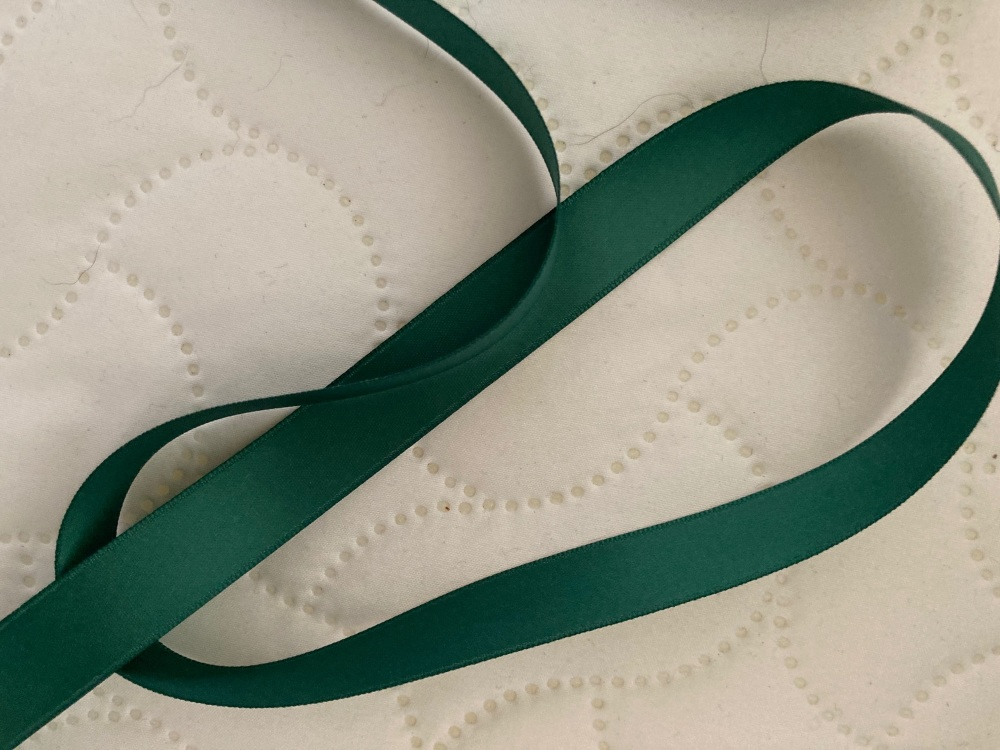 Green Double Satin Ribbon 15mm (per metre)