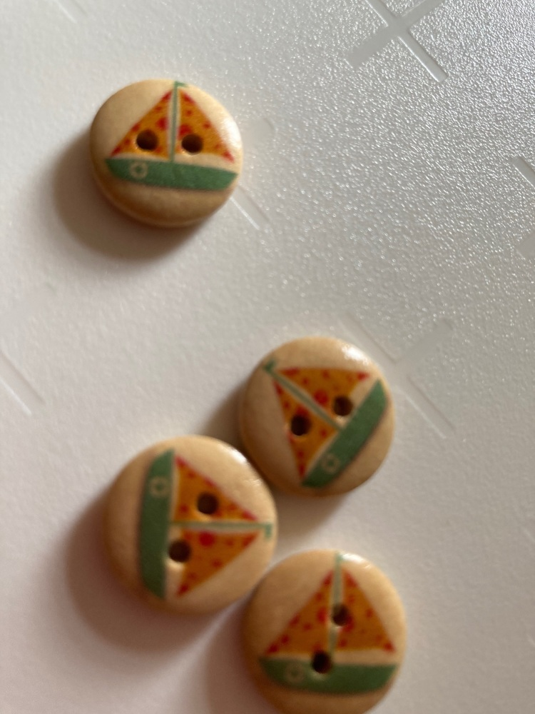 Wooden Yacht Buttons 15mm (Pack of 10) Orange/ Red