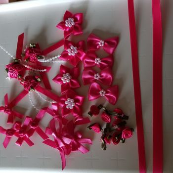 Embellishments/ Bow Pack  -  Cerise- FREE POSTAGE