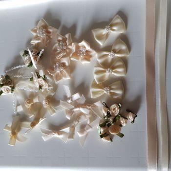 Embellishments/ Bow Pack  - Cream - FREE POSTAGE