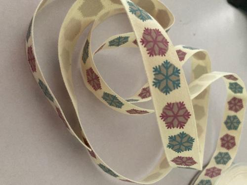 Snowflake / Cream  Ribbon 16mm (per metre)